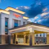 Hampton Inn - Newport